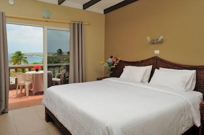 Eden-Beach-Resort-studio-balkon 2