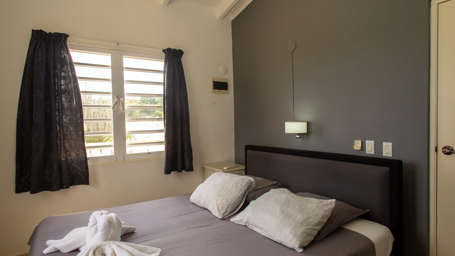 Hillside apartments Bonaire - -4318