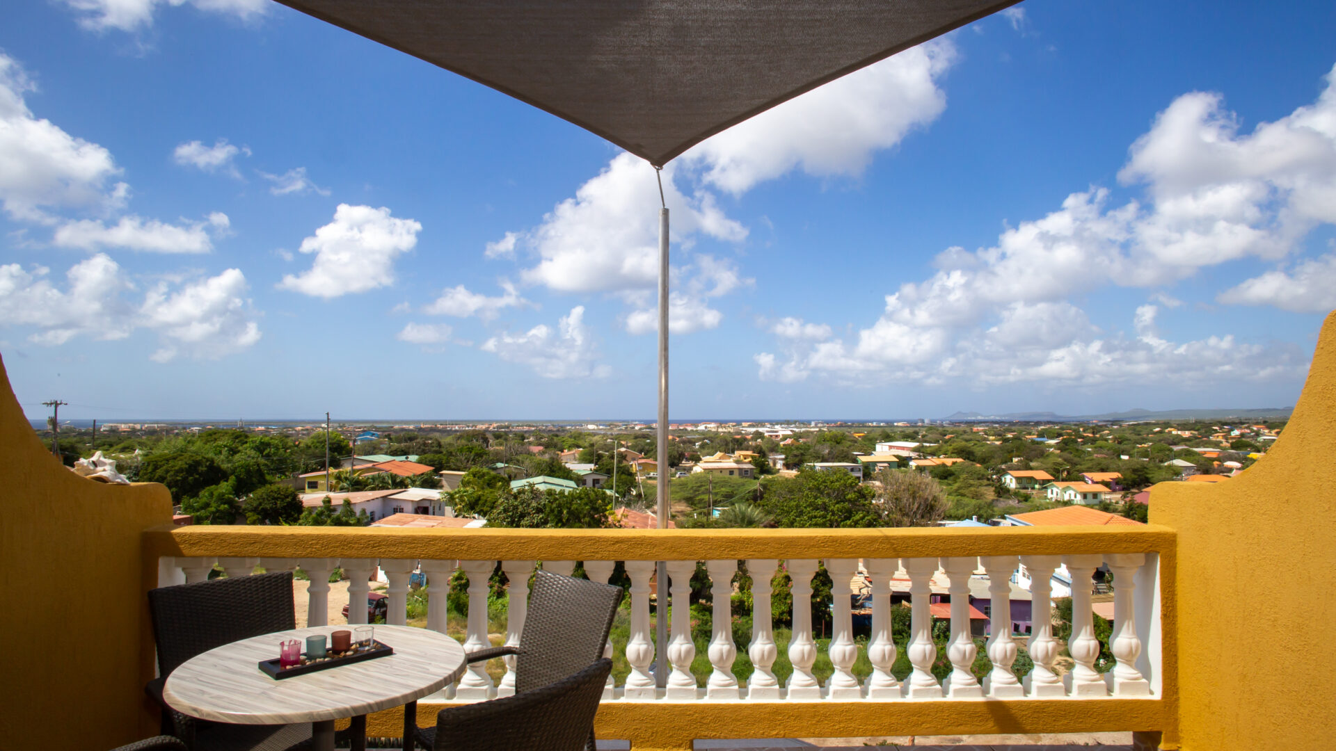 Hillside apartments Bonaire - -4383