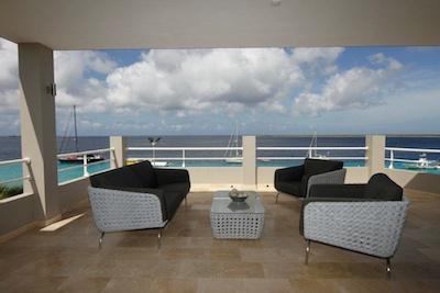 Seaside Penthouse 400 057