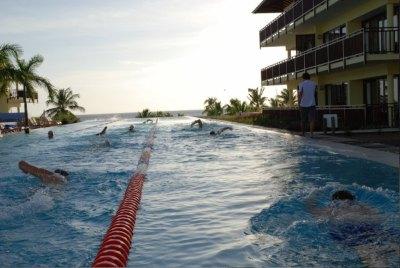 Telegraaf Fietstest 2006 te Curacao