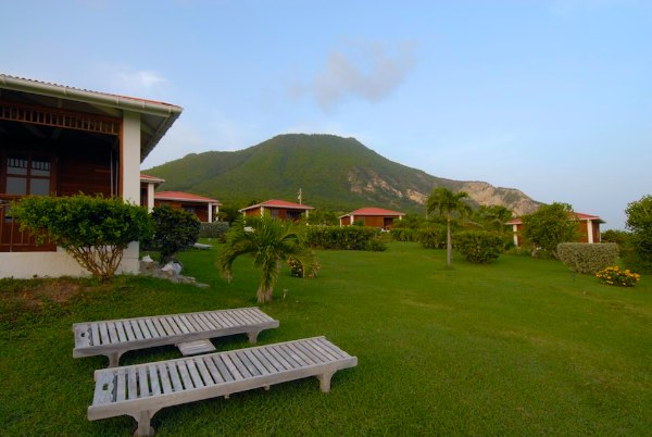 statia-lodge-600