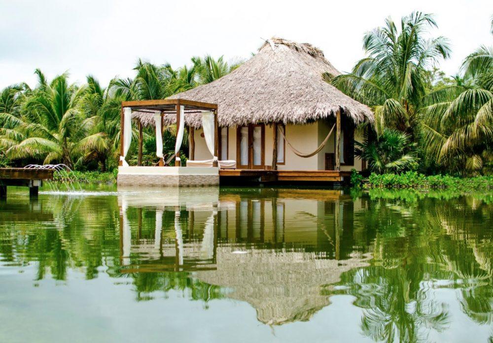 El-Secreto-Lake-Villa