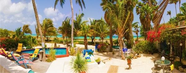 Beach House 600 035