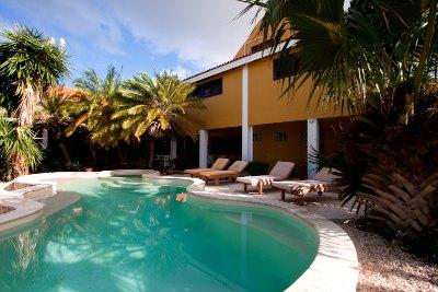 ocean-view-villas-bonaire 1