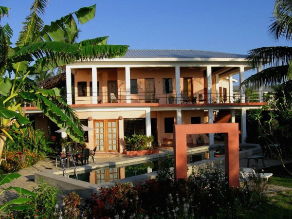 coral-house-inn-belize-600