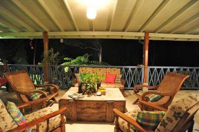 Harmony Villa Dominica zitgedeelte