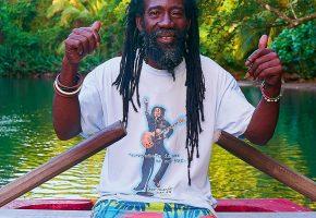 De Caribbean, een bonte kralenketting